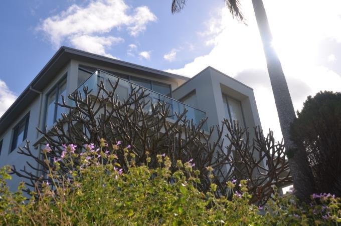 Matthew Flinders Drive Residence Alterations designed by Robert Snow Architect